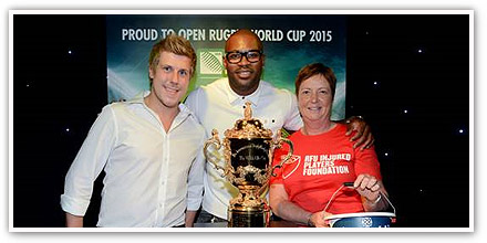 O'Neill's and Ugo Monye host the Rugby World Cup Trophy